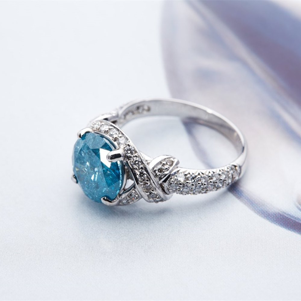 Platinum - 6.93 Grams  Platinum 3.98cts Round Blue Diamond Engagement Ring