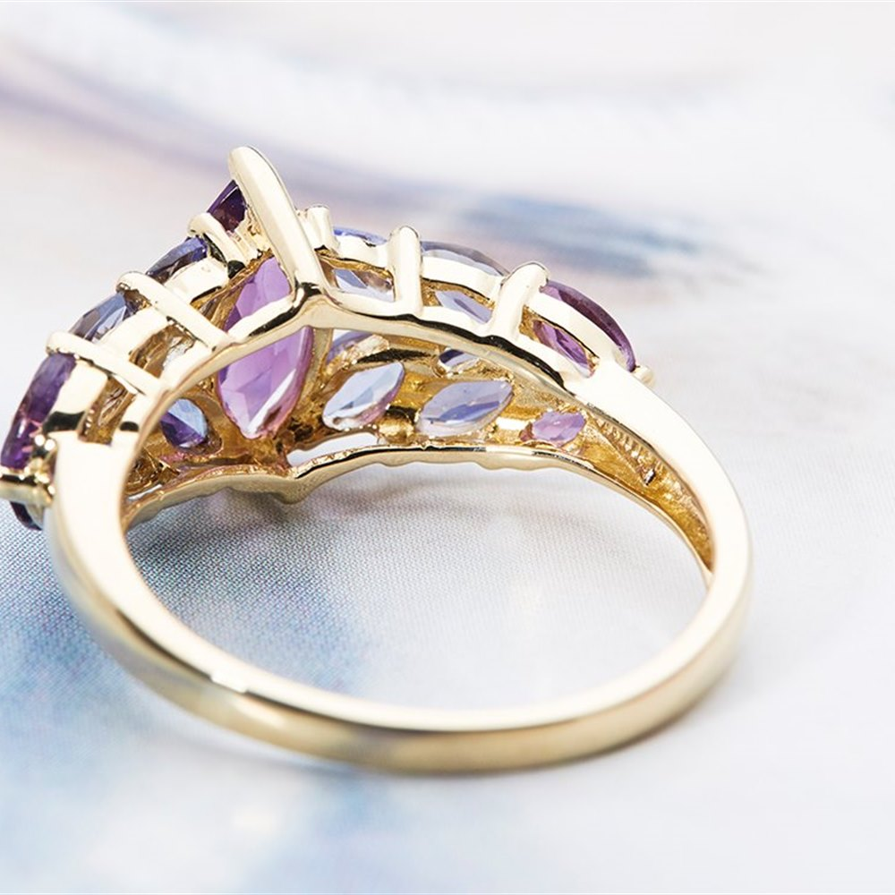 14k Yellow Gold - 3.27 Grams 14K Yellow Gold 3.22cts Tanzanite, Amethyst & Iolite Cocktail Ring