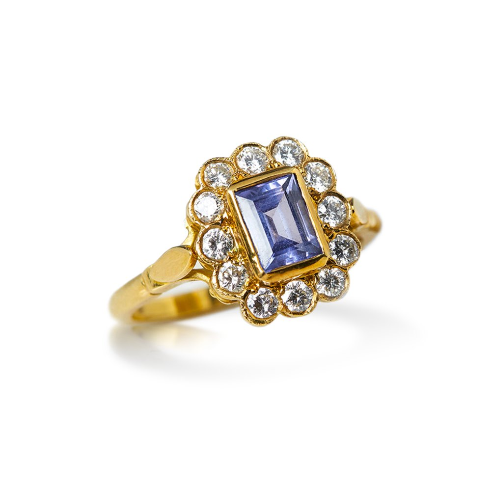 Tanzanite 18k Yellow Gold Emerald Cut Tanzanite & Diamond Ring
