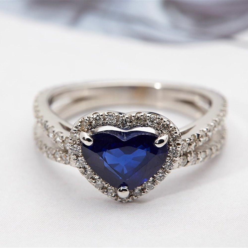 18k White Gold  18k White Gold 1.87ct Heart Cut Sapphire & 0.80ct Diamond Ring