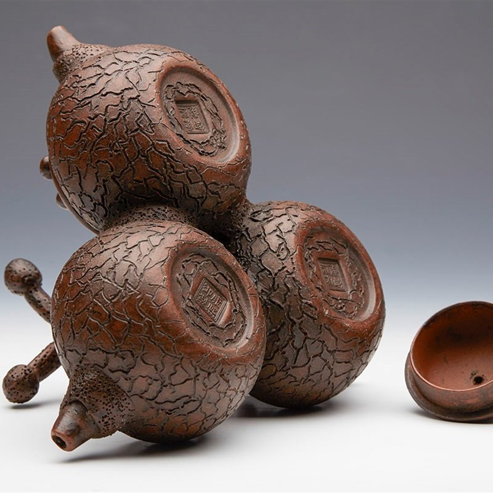 Chinese wood carving teapot small statue
