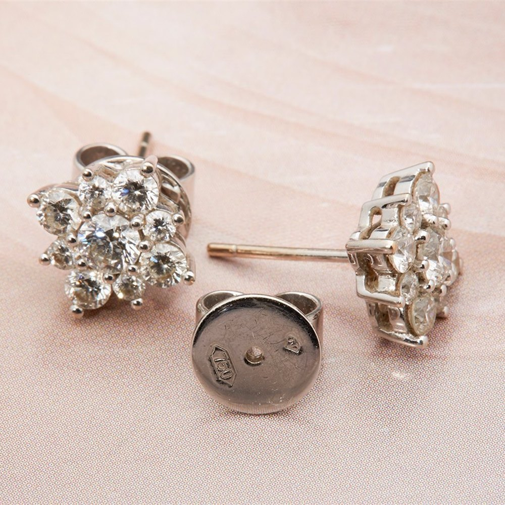 18k White Gold, total weight 4.74 grams  18k White Gold 3.00cts VS1 G/H Colour Diamond Earrings