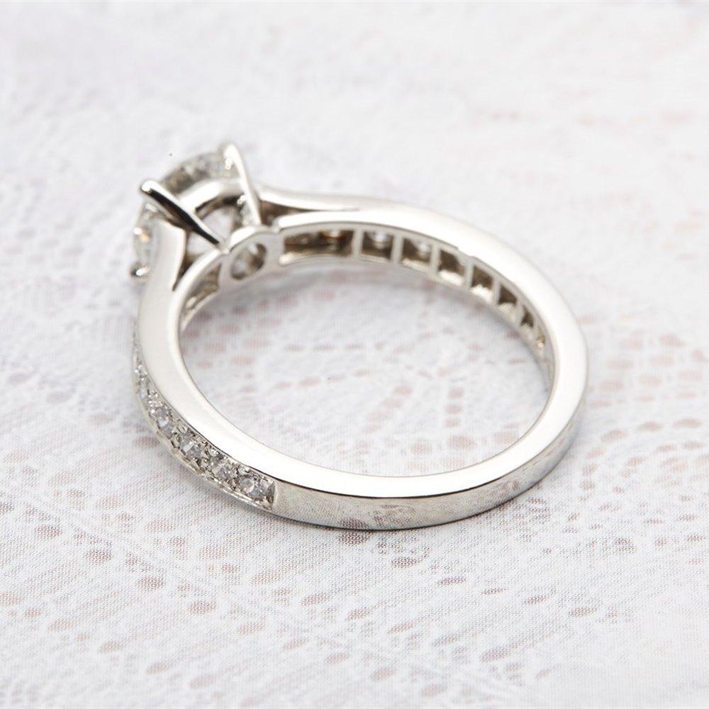 e9c047268b88a Platinum 1.50cts Round Brilliant Diamond Solitaire Engagement Ring