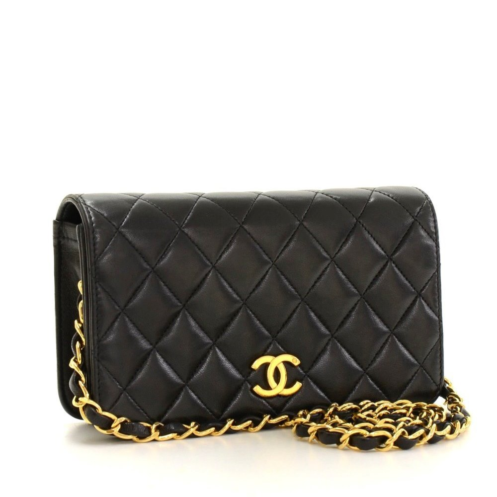 1f26dce18540 Chanel Mini Flap Bag 1990's HB071 | Second Hand Handbags | Xupes CHANEL  BLACK QUILTED LAMBSKIN VINTAGE SMALL DIANA ...