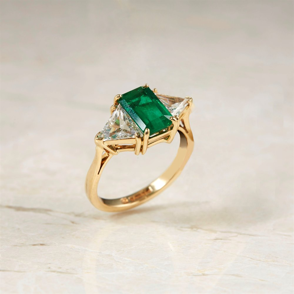 18k Yellow Gold 1.25ct Emerald & 1.00ct Diamond Ring