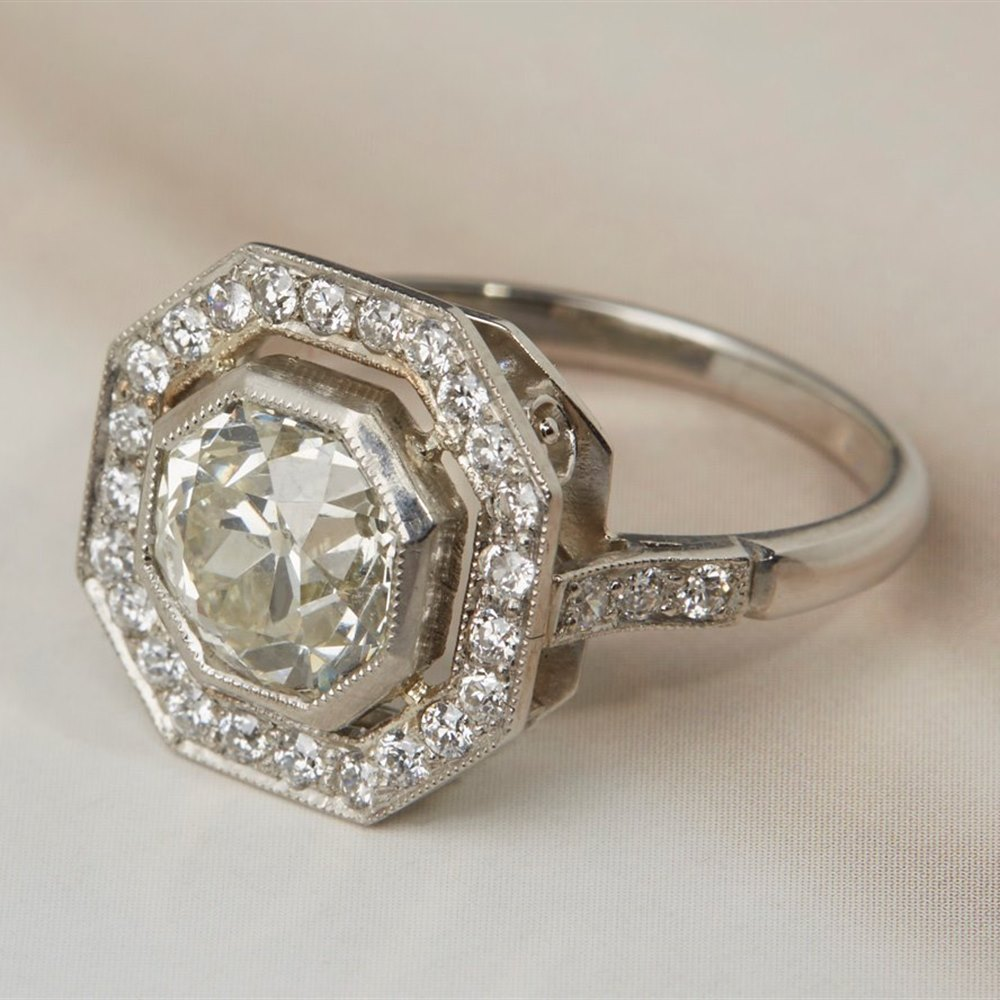 Platinum - total weight 5.02 grams  Platinum 2.15ct Old Cut Diamond Ring