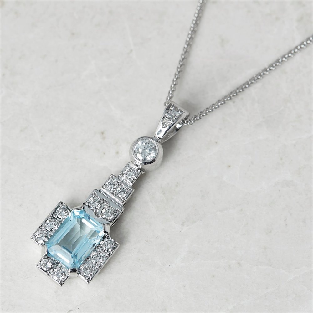 18k White Gold 1.50ct Blue Topaz & 0.60ct Diamond Necklace