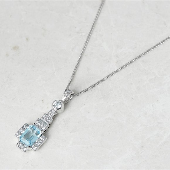 18k White Gold Blue Topaz & Diamond Necklace