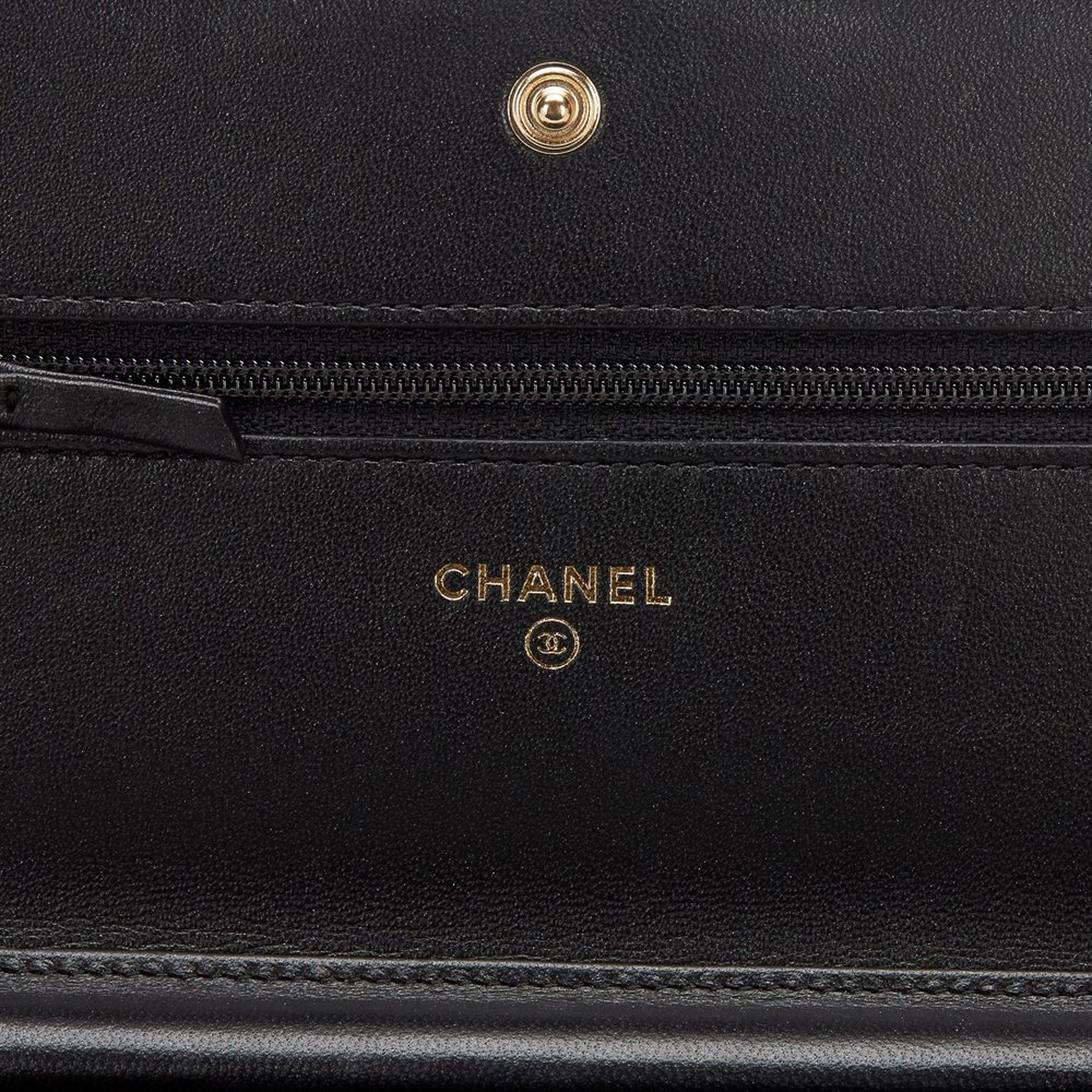 5c8a303a9f020e Chanel Boy Wallet-on-Chain 2016 HB392 | Second Hand Handbags | Xupes