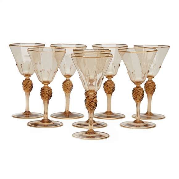 EIGHT MURANO MVM CAPPELLIN AMBER WINE GLASSES c.1925