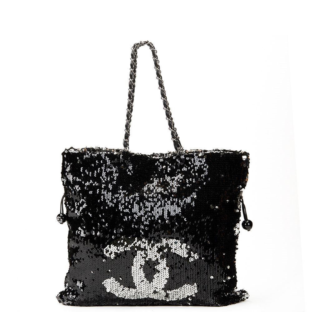 33d0ae220415 Chanel Summer Nights Sequin Tote 2010 HB564 | Second Hand Handbags
