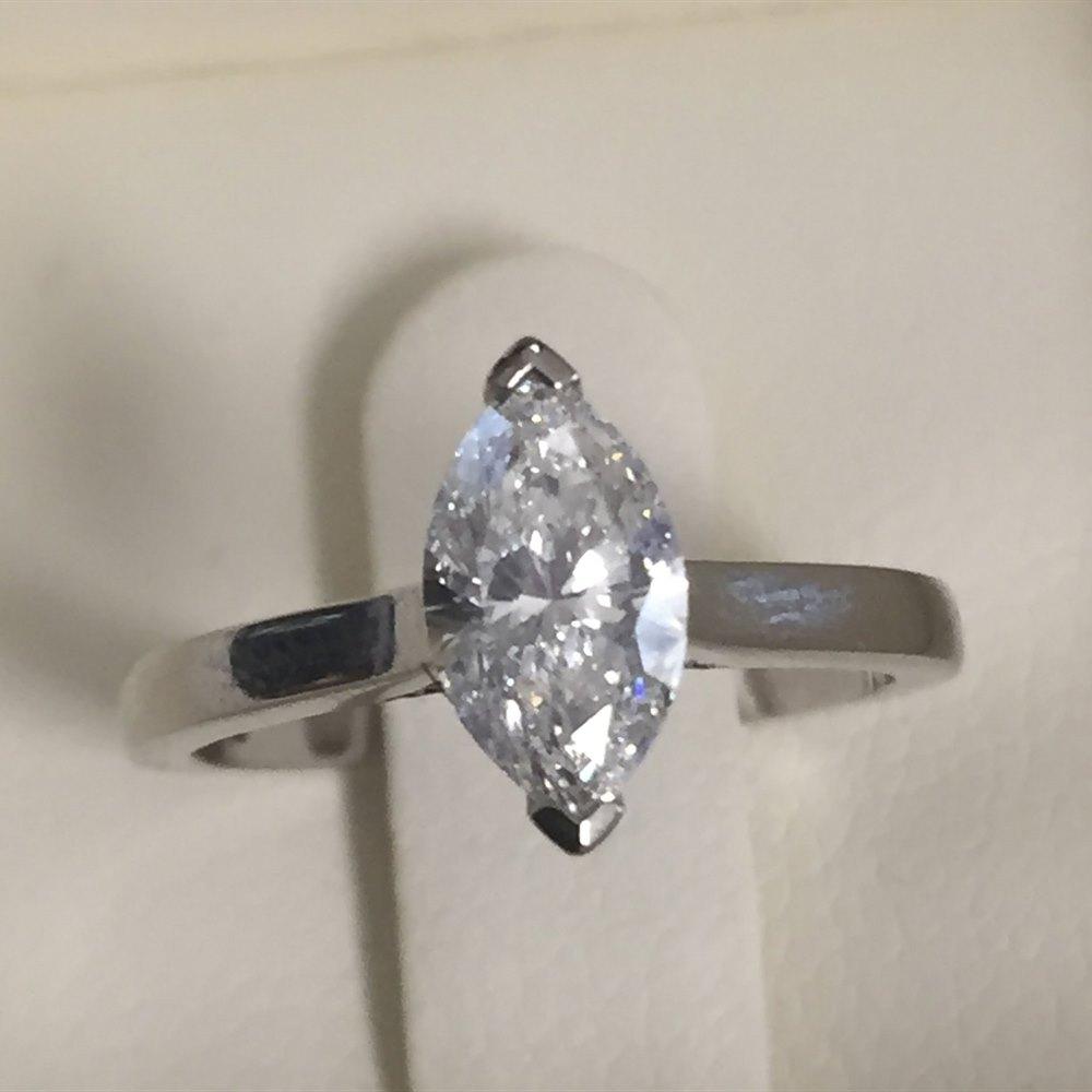 Platinum Platinum 0.70ct E VVS2 Diamond Marquise Cut Engagement Ring