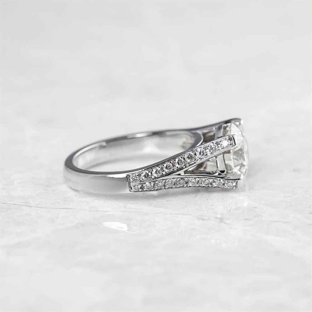 14k White Gold - total weight 4.34 grams 14k White Gold Round Brilliant Cut 2.18ct Diamond Ring