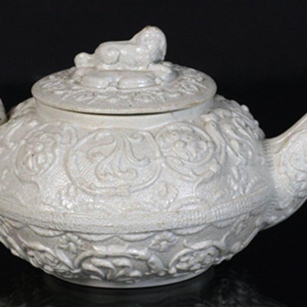 Wedgwood Rare Wedgwood Saltglaze Lidded Teapot C.1760