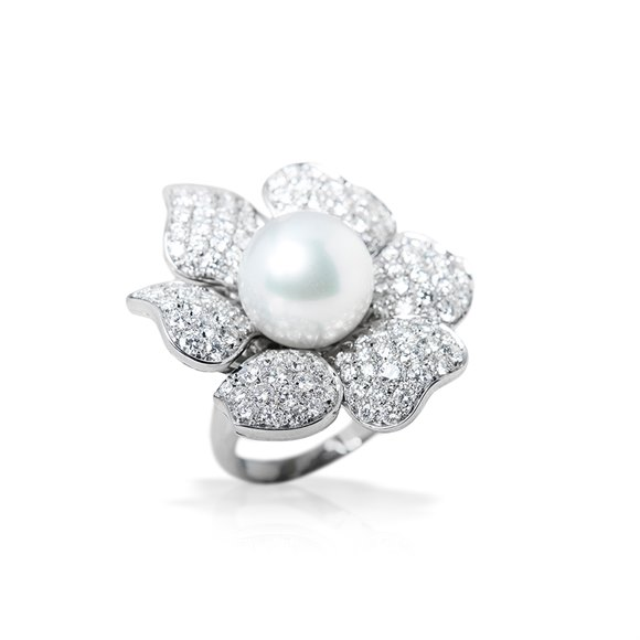 Picchiotti 18k White Gold South Sea Pearl & 3.60ct Diamond Flower Design Cocktail Ring