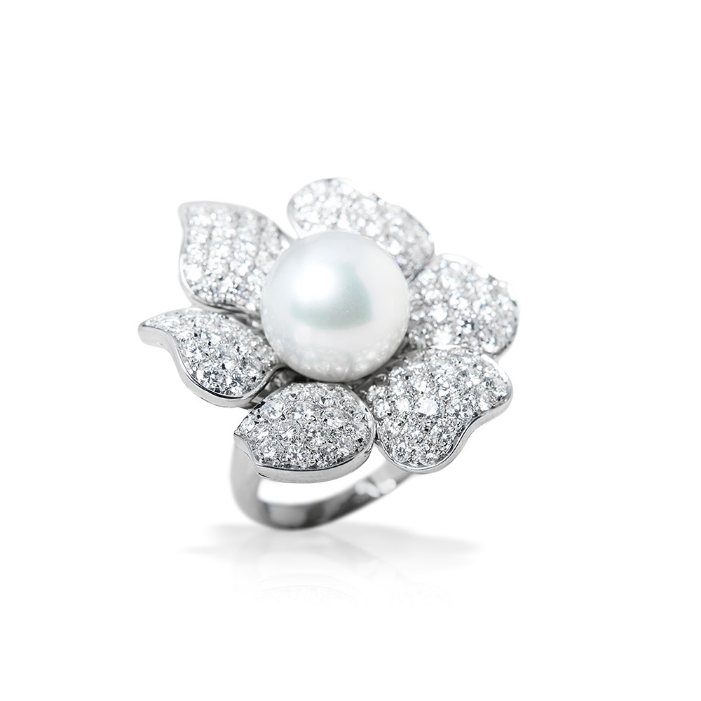 Pearl  18k White Gold South Sea Pearl & Diamond Picchiotti Style Cocktail Ring