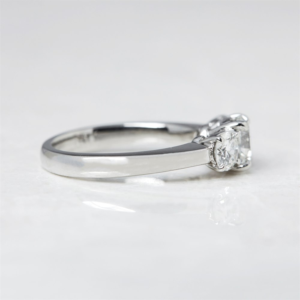 Diamond  Platinum Round Briliant Cut 1.00ct Diamond Engagement Ring