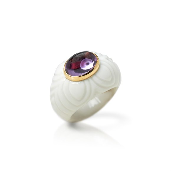Bulgari 18k Yellow Gold & Porcelain Amethyst Chandra Ring