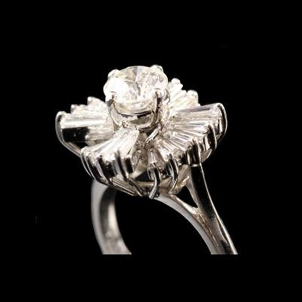 Platinum 1950'S Stunning Platinum Diamond Ring