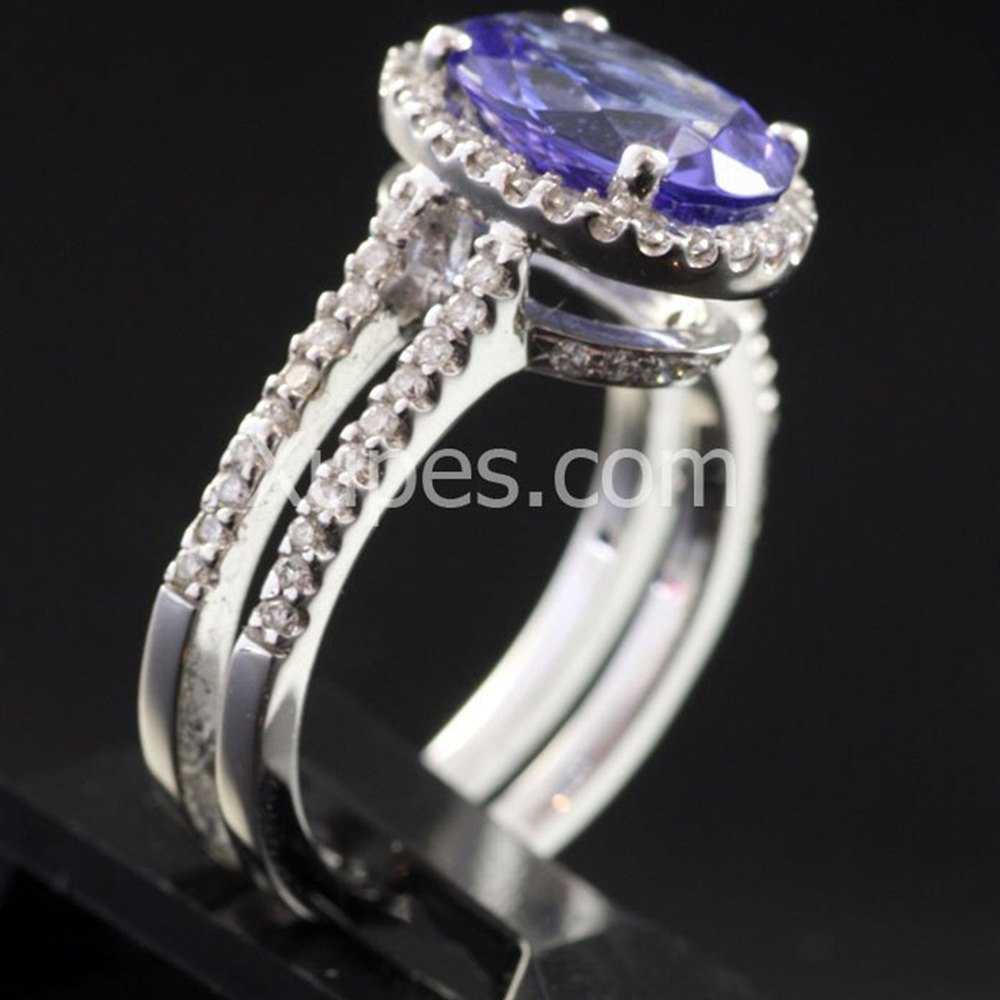 18k White Gold 18K White Gold Tanzanite & Diamond Ring