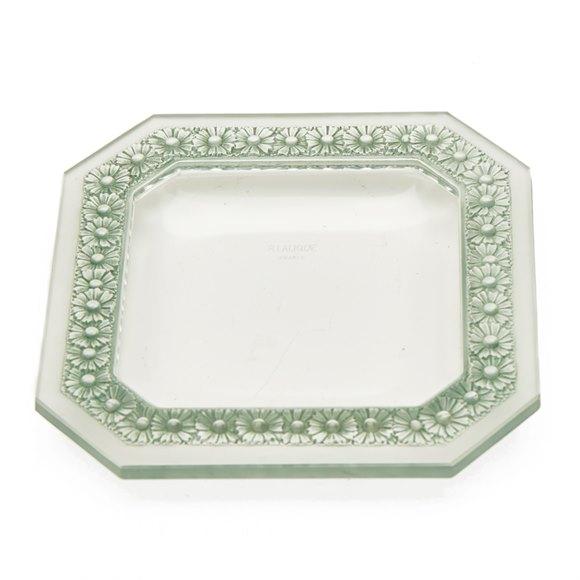 RENE LALIQUE PAQUERETTES PATTERN GLASS DISH c.1935