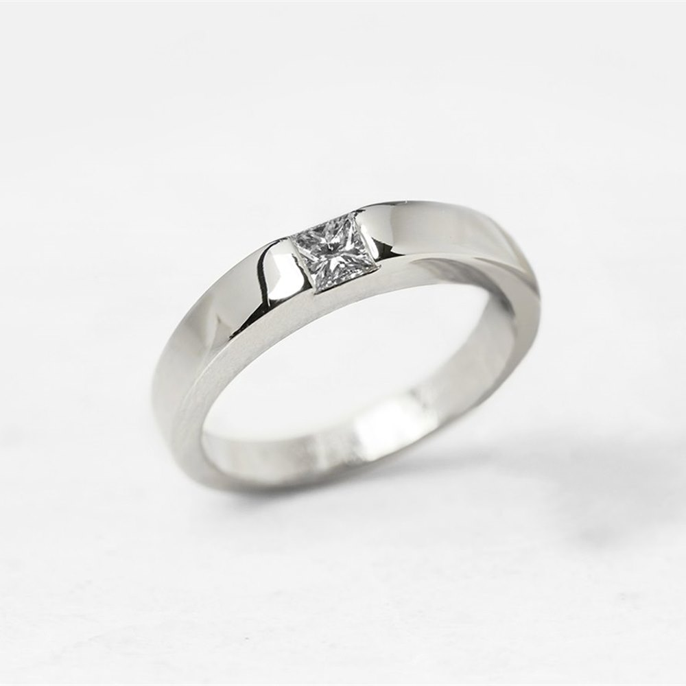Cartier 18k White Gold Solitaire 0.25ct Diamond Ring
