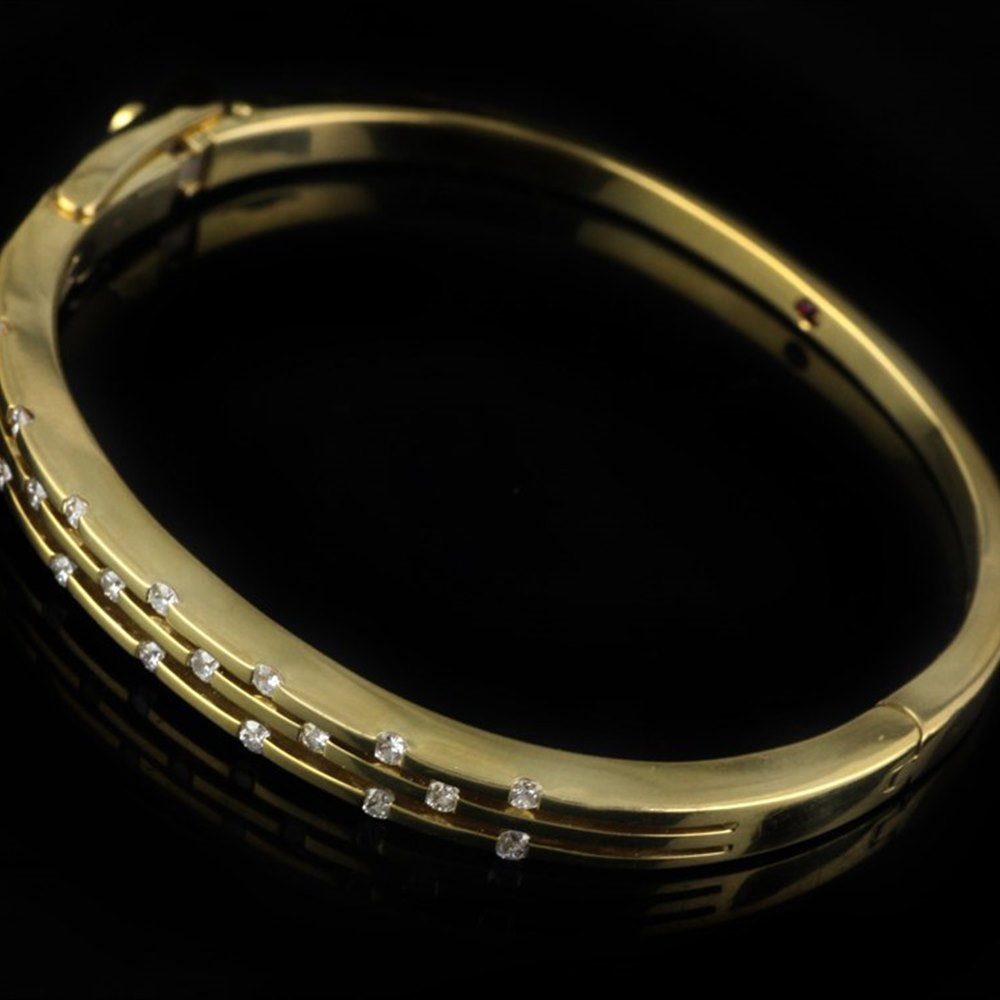 Mappin & Webb Roberto Coin Classica Parisienne 18K Yellow Gold 3 Row Diamond Bangle Bracelet