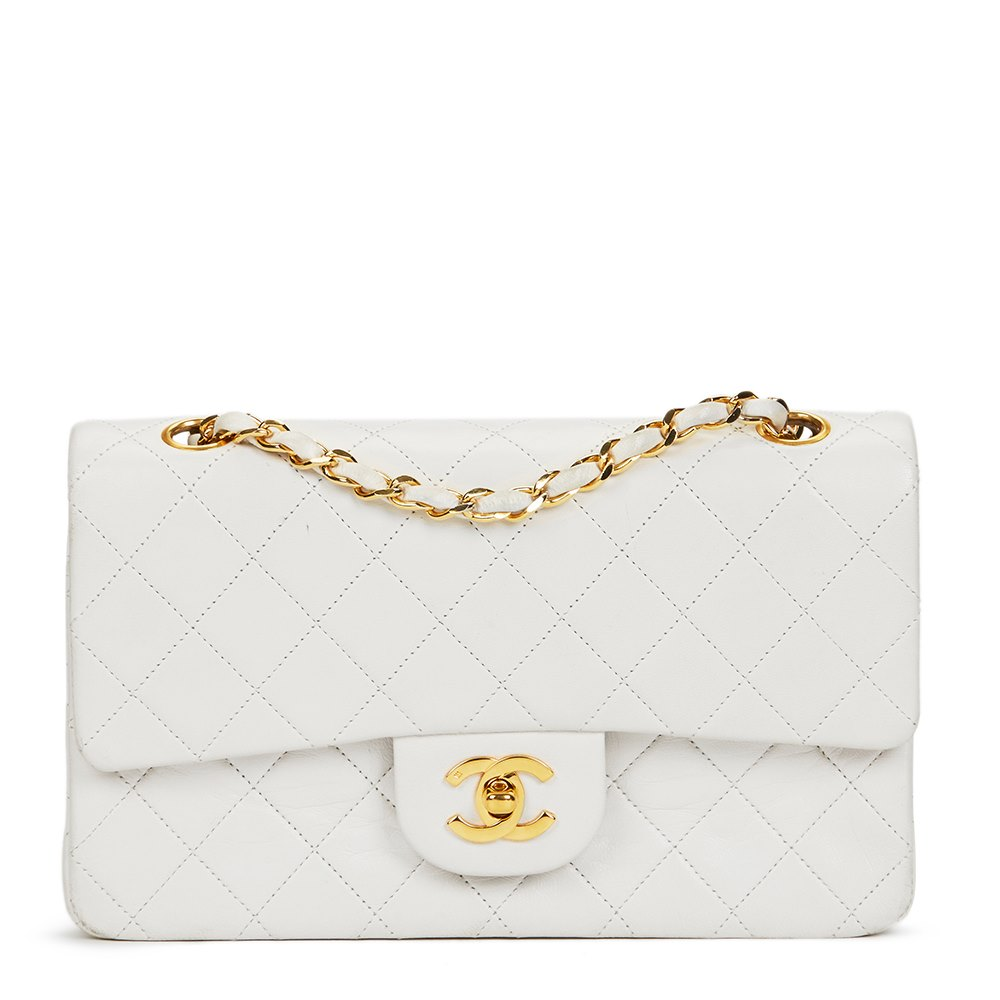 8ffd6d81afd19 Chanel White Quilted Lambskin Vintage Small Classic Double Flap Bag