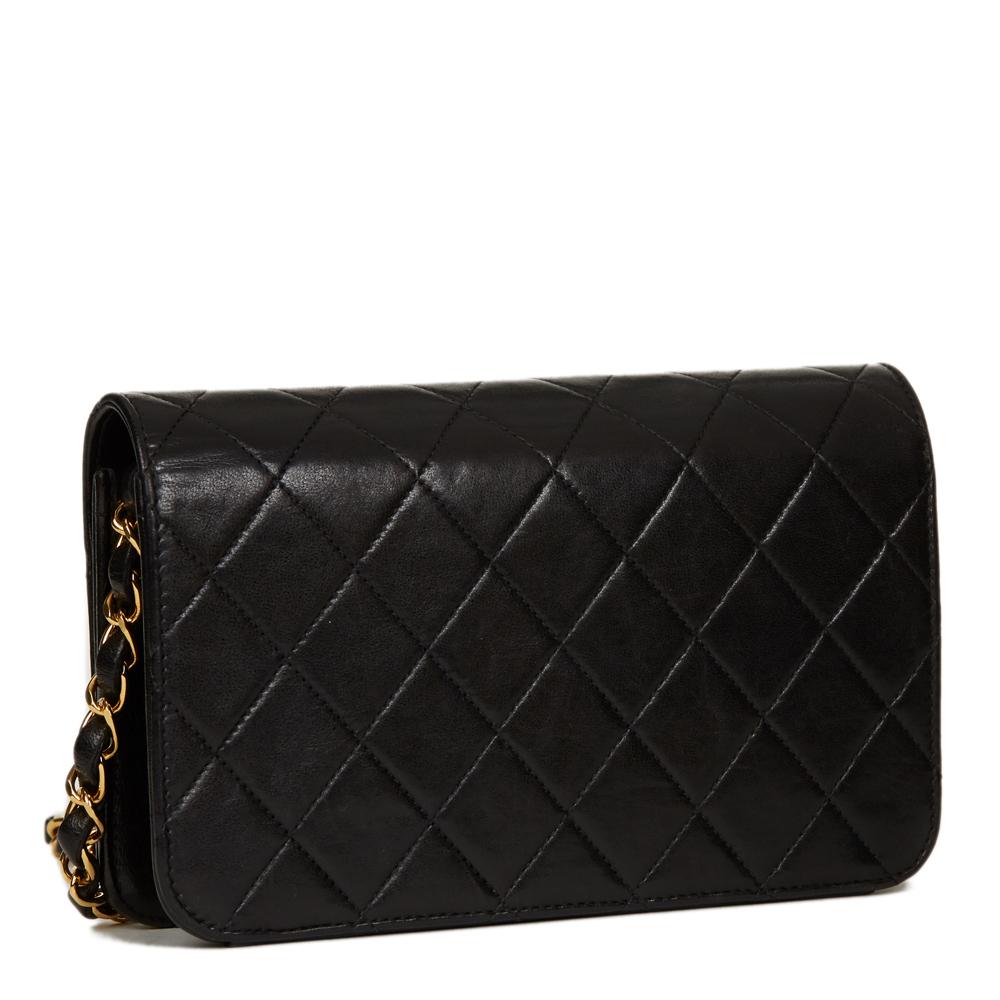 3d9970c8f7c CHANEL matelassé noir cuir d agneau VINTAGE Mini sac à rabat HB1343 ...
