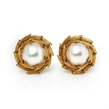 Tiffany & Co. 18k Yellow Gold Mabe Pearl Clip-On Earrings
