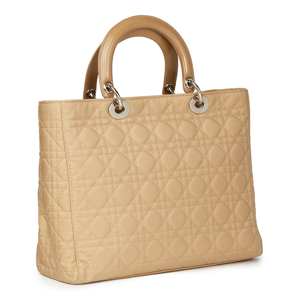 Dior 2001 Christian Dior Beige Quilted Satin & Patent Leather Lady Dior Gm bx8cd3z