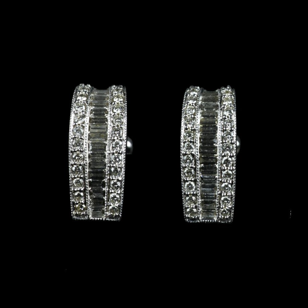 18K White Gold  White Gold Baguette Diamond Earrings