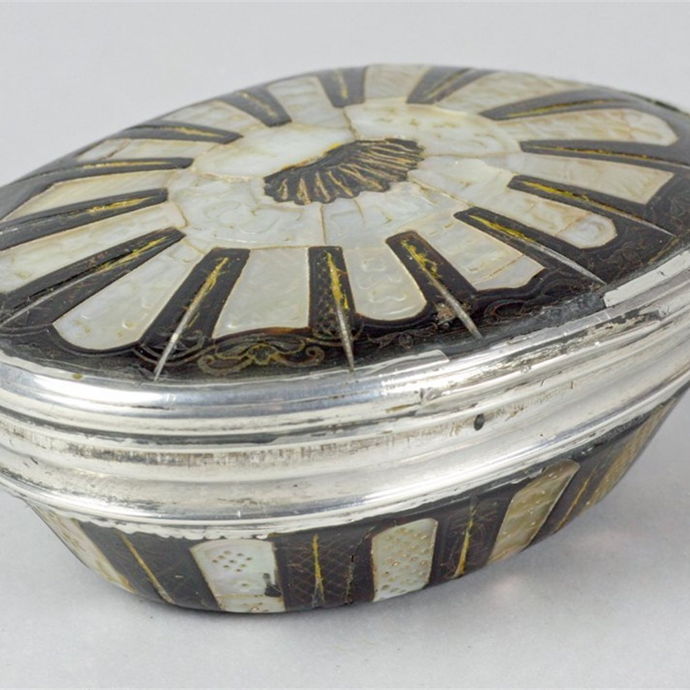 Silver Mop & Tortoiseshell Mounted Snuff Box Early 18th C.