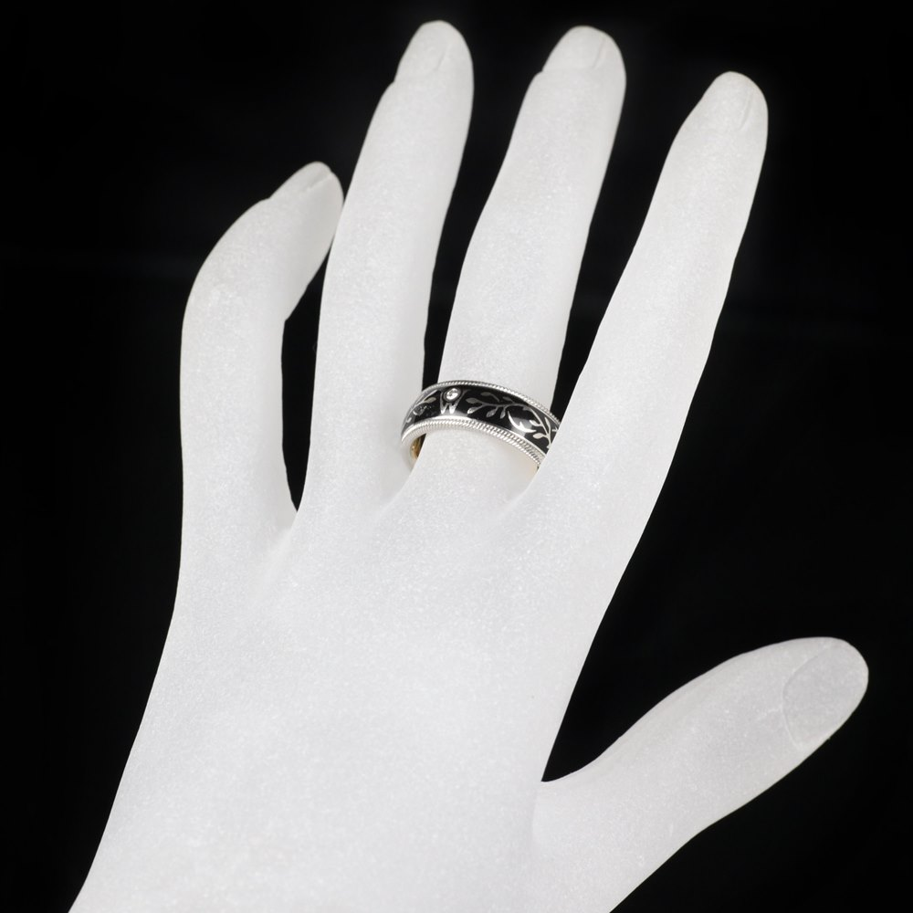 Wellendorff Hibiscus 18k White Gold Diamond Black Ring