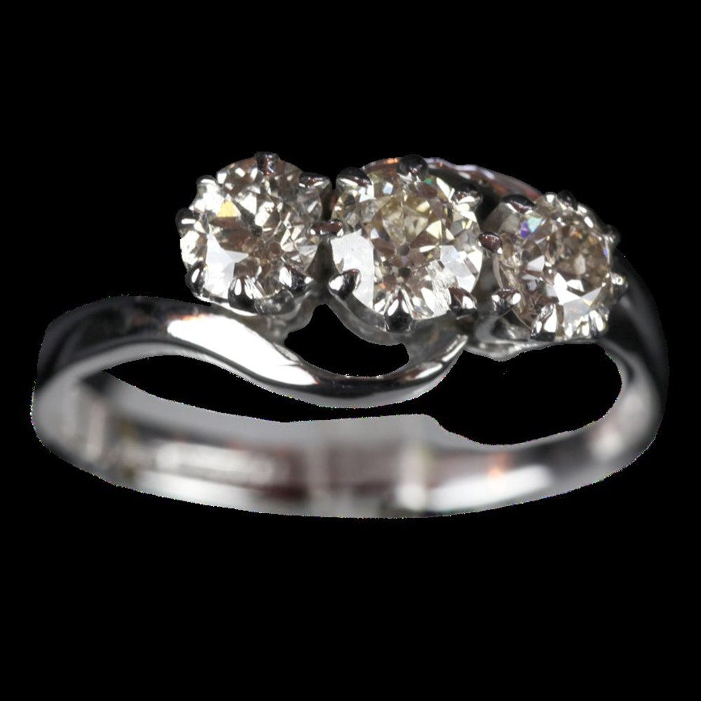 1905 Edwardian 18ct White Gold Trilogy old Cut Diamonds Ring