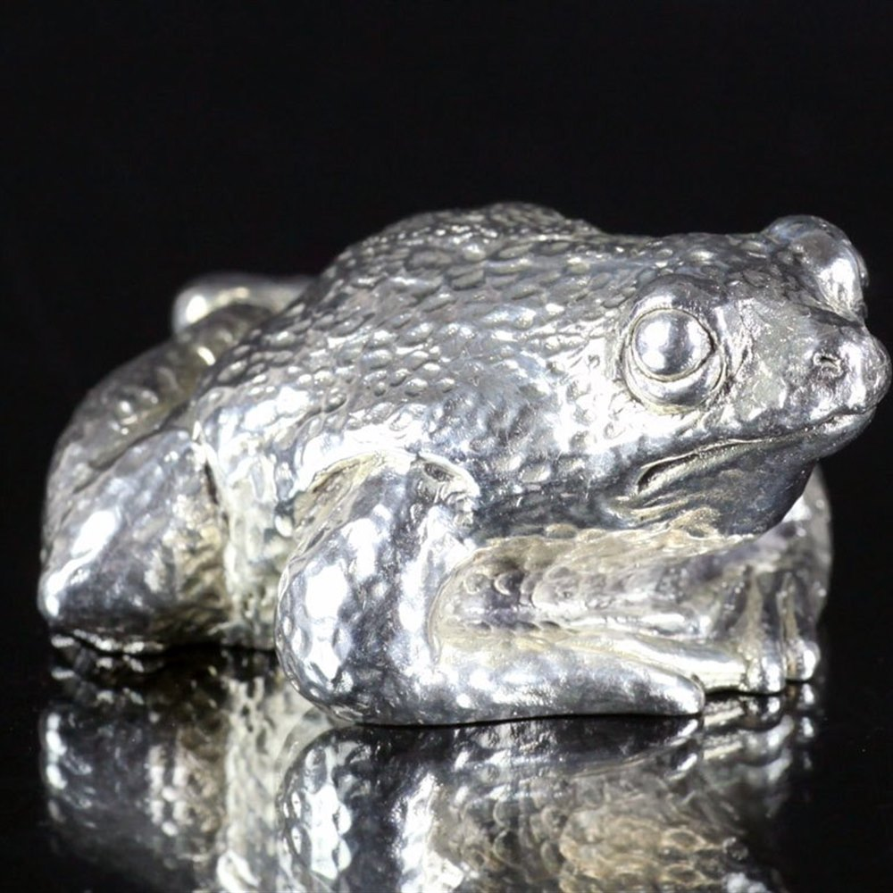 SCANDINAVIAN SILVER MODEL OF A FROG 20th Century