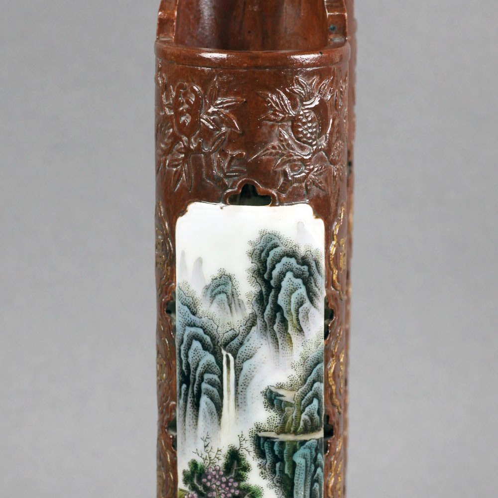 CHINESE REPUBLIC BRUSH HOLDER Believed to date from the Republic Period