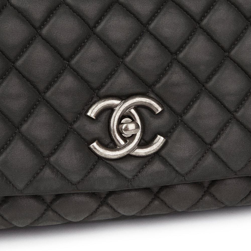4a7ffbb4a39 Chanel Dark Grey Bubble Quilted Velvet Calfskin Small Bubble Flap Bag