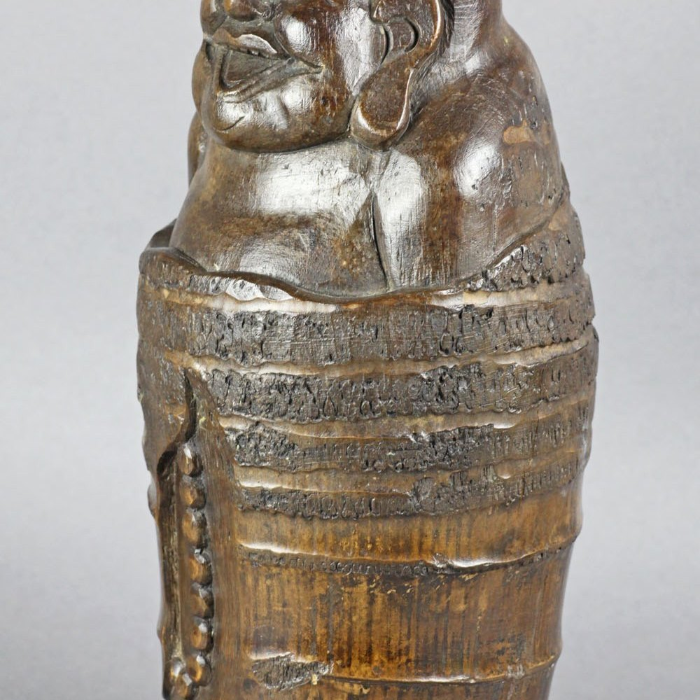 BAMBOO FIGURE OF A BUDDHA Believed to date to the 19th or early 20th century