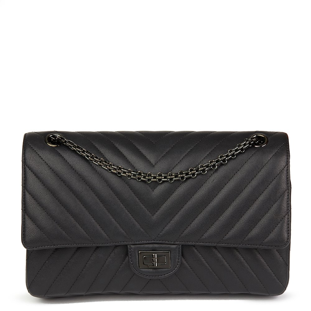 Chanel Black Chevron Quilted Calfskin Leather SO Black 2.55 Reissue 226  Double Flap Bag 218752afc