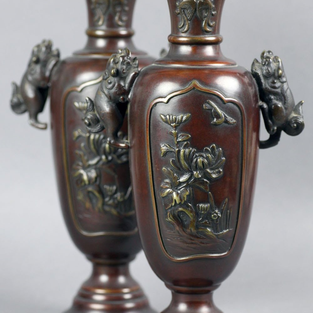 JAPANESE BRONZE MEIJI VASES Meiji period dating from the 19th Century