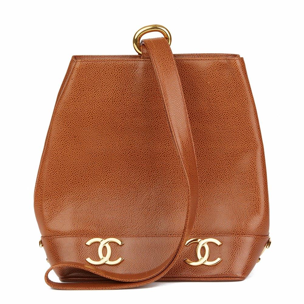 f8ad2cd8b8c0e7 Chanel Logo Trim Bucket Bag 1992 HB1807   Second Hand Handbags