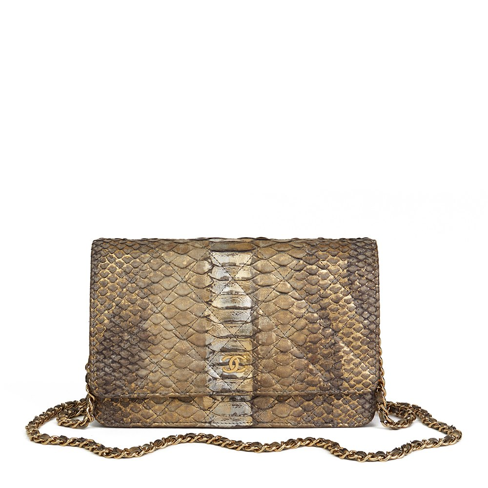 69afd4a94b52 Chanel Wallet-on-Chain 2013 HB1862   Second Hand Handbags   Xupes