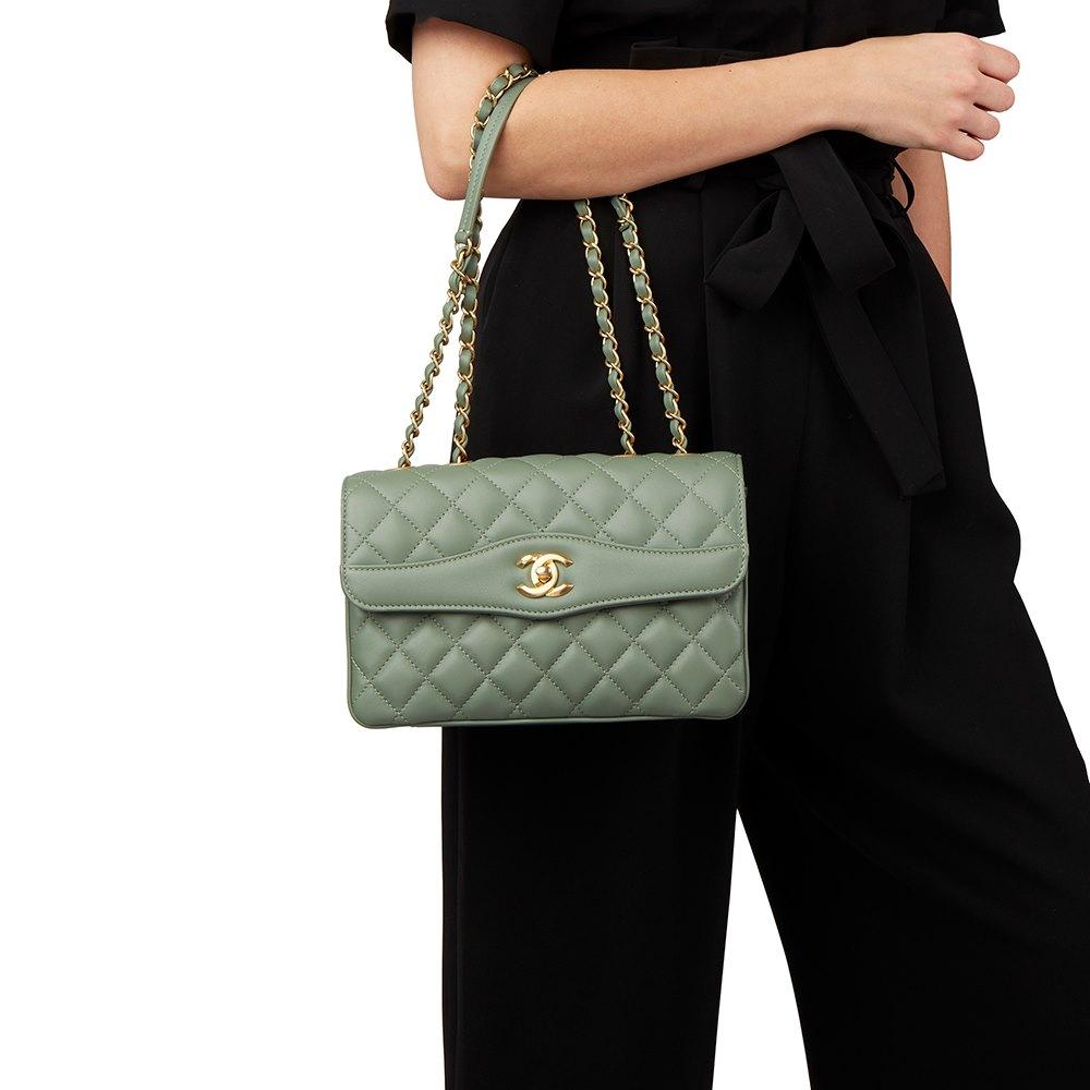 965840f209f33f Chanel Coco Vintage Flap Bag 2017 HB1910 | Second Hand Handbags