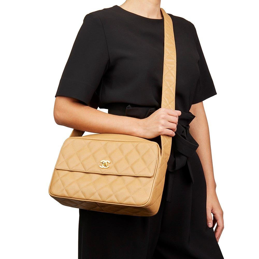52ef5fe69821c6 Chanel Classic Camera Bag 1994 HB2085   Second Hand Handbags   Xupes