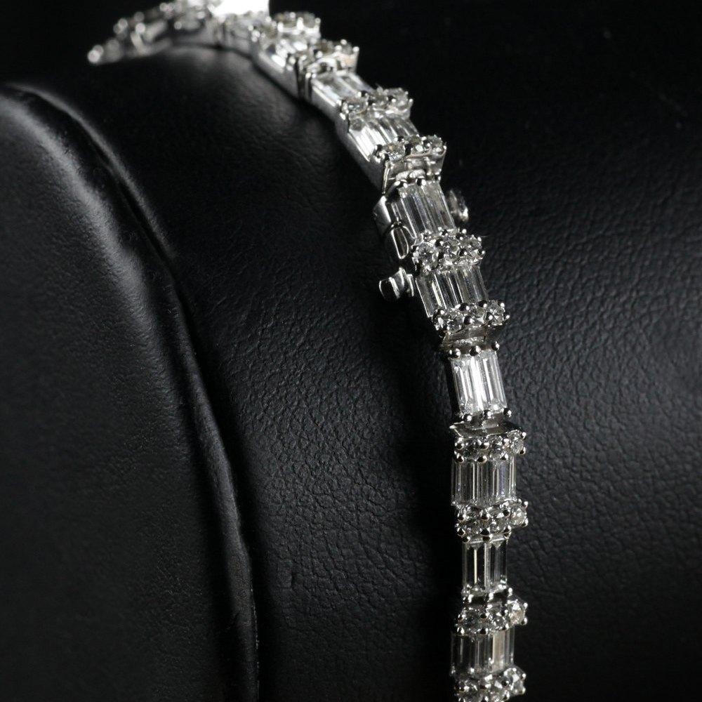 18k White Gold  18K White Gold 6.88 cts VS Baguette Diamond Tennis Bracelet