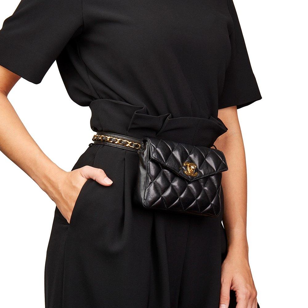 d0390239fc9e Chanel Classic Belt Bag 1990's HB2181   Second Hand Handbags   Xupes