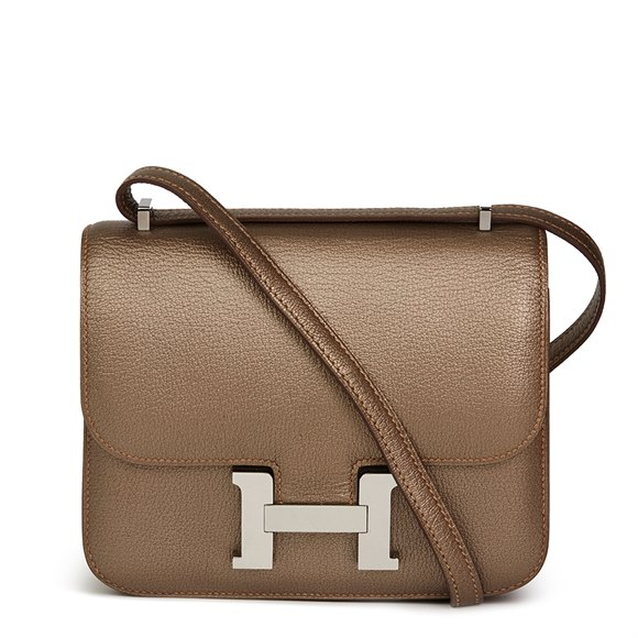 Hermès Bronze Metallic Chevre Leather Constance 18