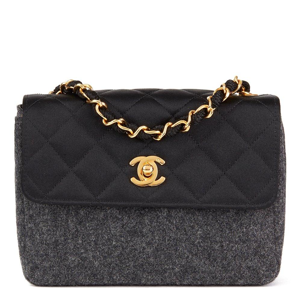 54d310759522 Chanel Mini Flap Bag 1990 HB2397 | Second Hand Handbags | Xupes