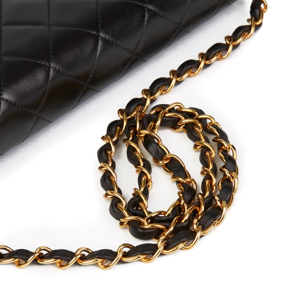 Chanel Black Quilted Lambskin Vintage Small Classic Single Full Flap Bag